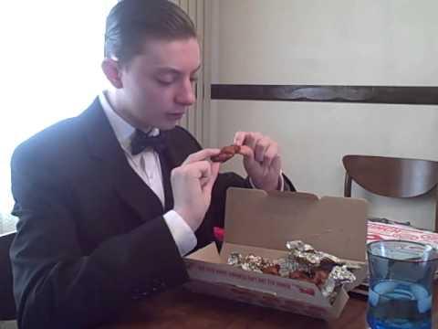 Dapper Gentleman reviews Dominoes pizza